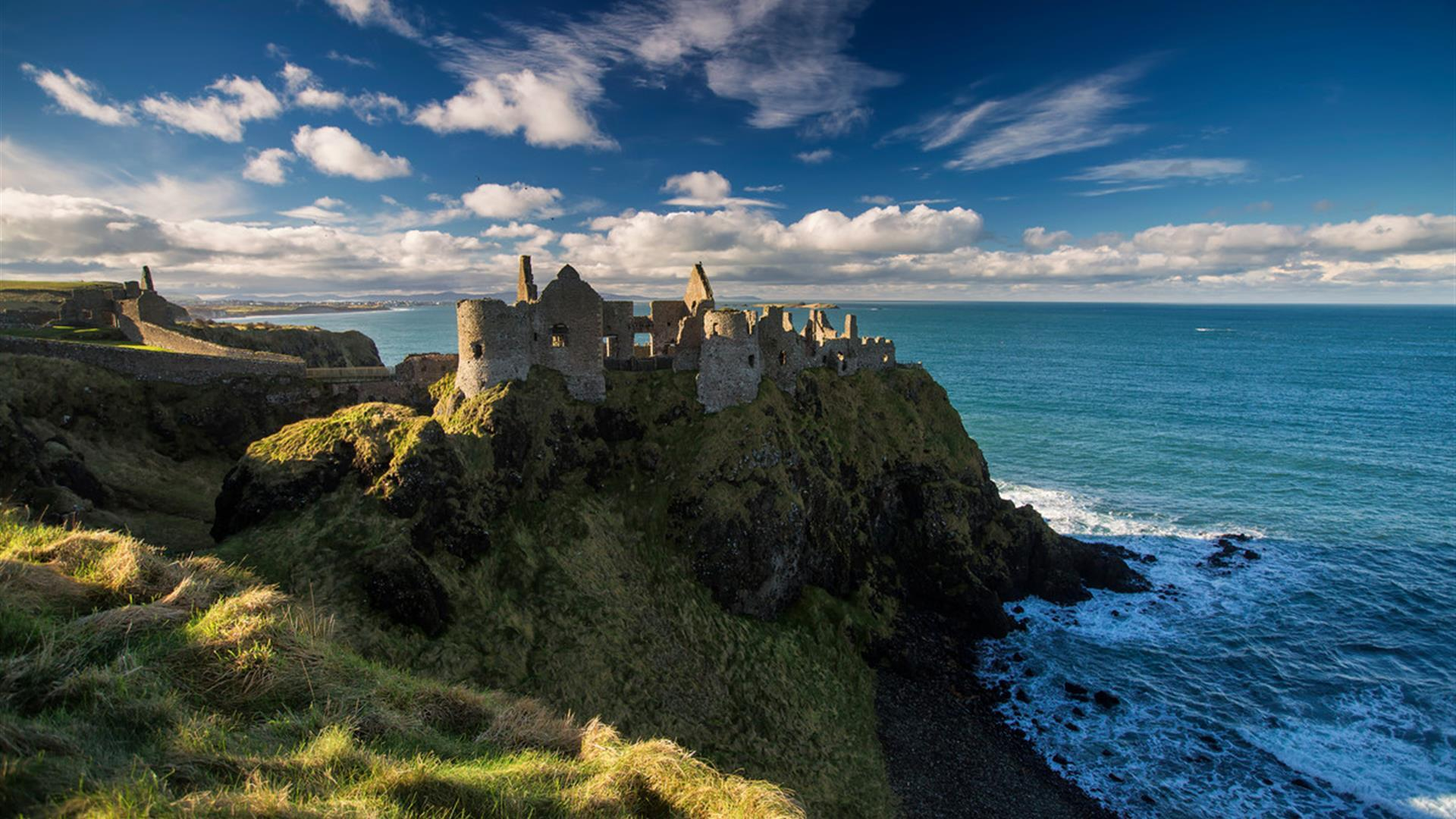 Dunluce Castle Medieval Irish Castle on the Antrim Coast ...