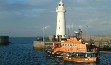 Donaghadee - Harbour & Lighthouse