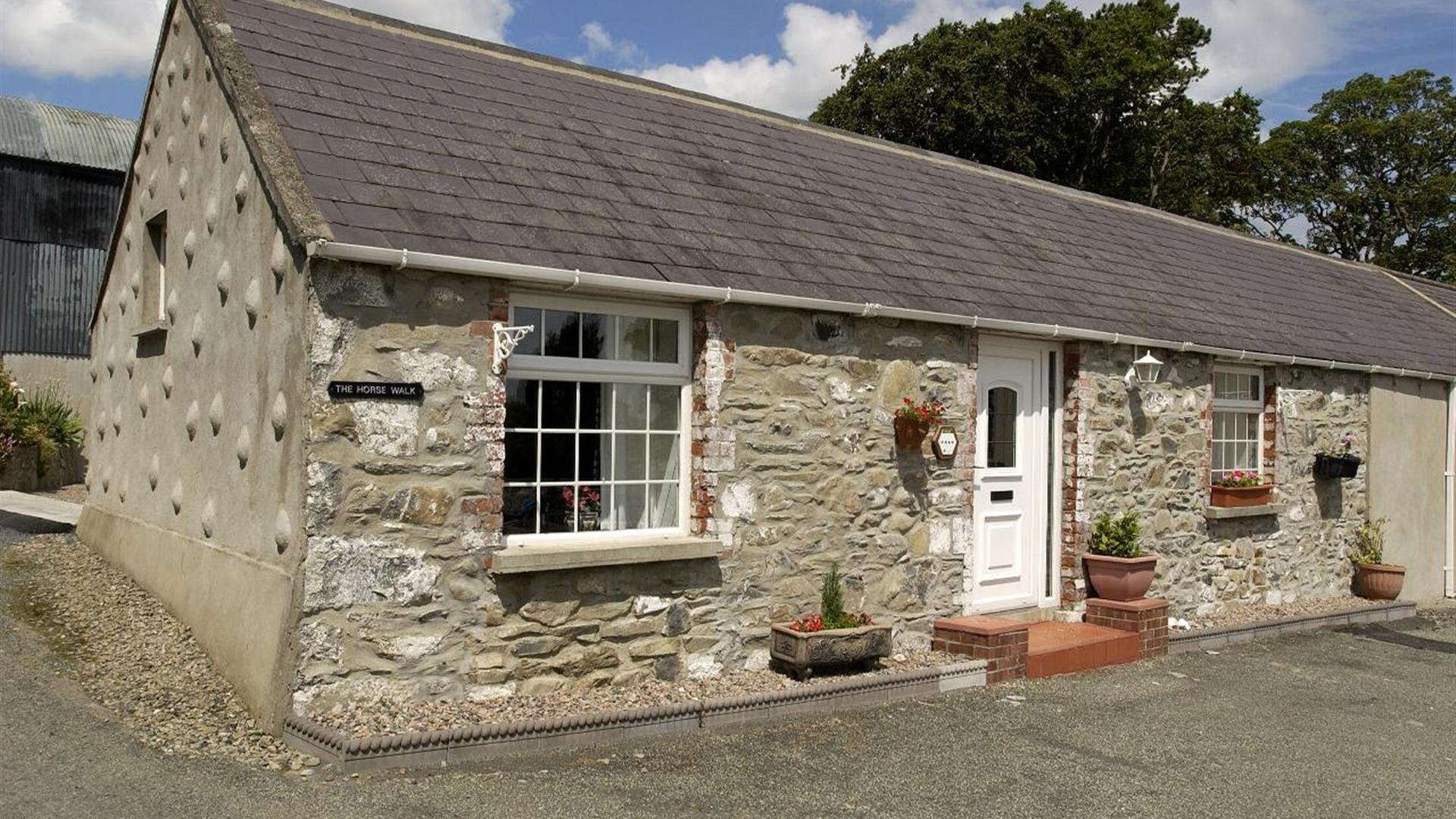 Newcastle Country Cottages - Horsewalk Cottage